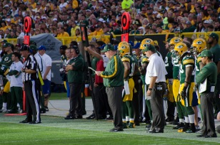 Mike_McCarthy_-_San_Francisco_vs_Green_Bay_2012.jpg